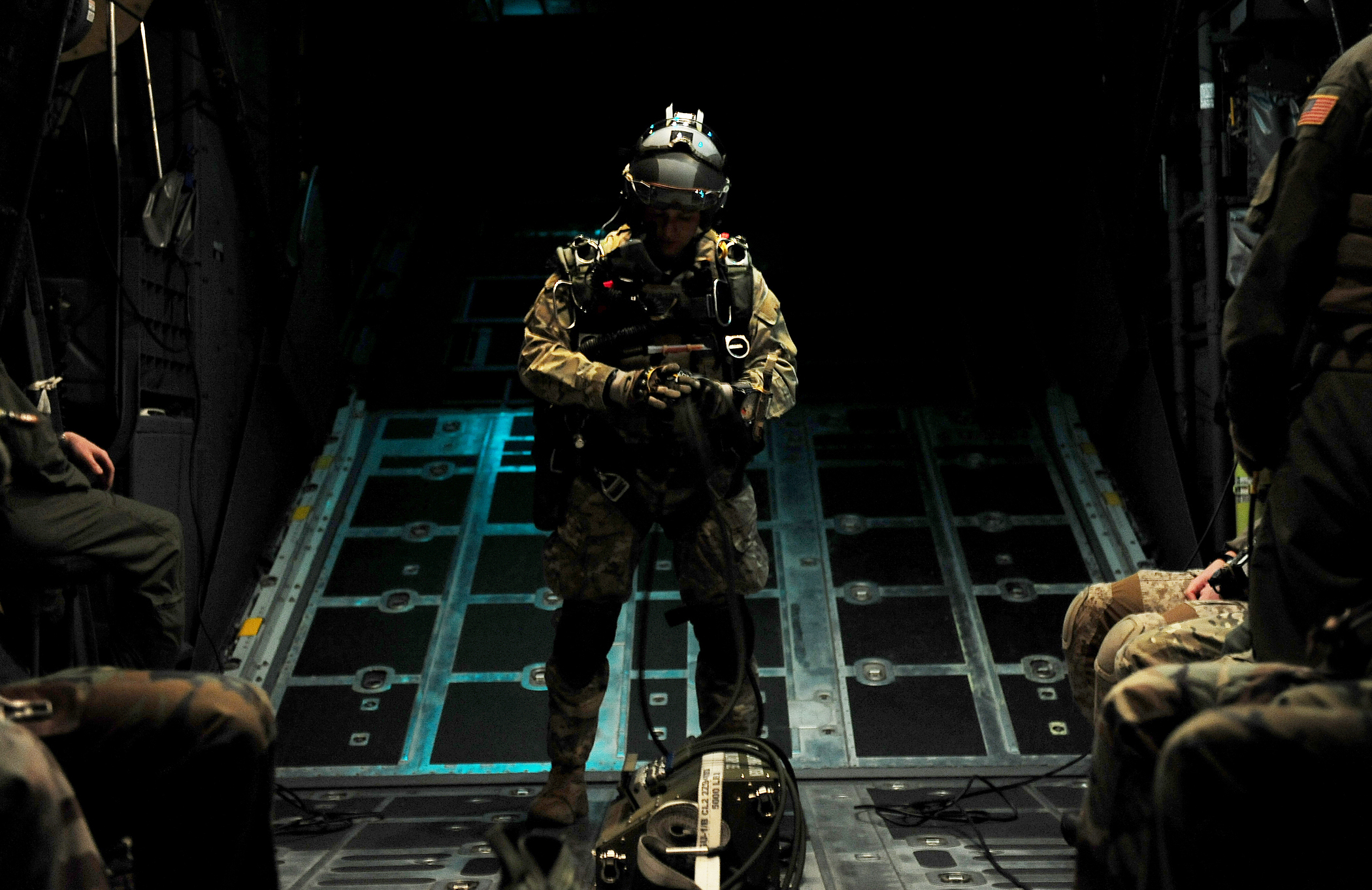 Photo Essay Special Tactics Airmen Jump At Night Gt U S
