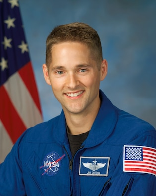 Colonel James Dutton, a 1991 graduate from the Air Force Academy, will pilot the STS-131 shuttle scheduled to liftoff from Cape Canaveral Air Station, Fla. April 5. A Eugene, Ore. native, Col. Dutton was an astronautical engineering major and the top graduate of his class at the Academy. STS-131 is the 33rd mission to the International Space Station. (NASA photo)
