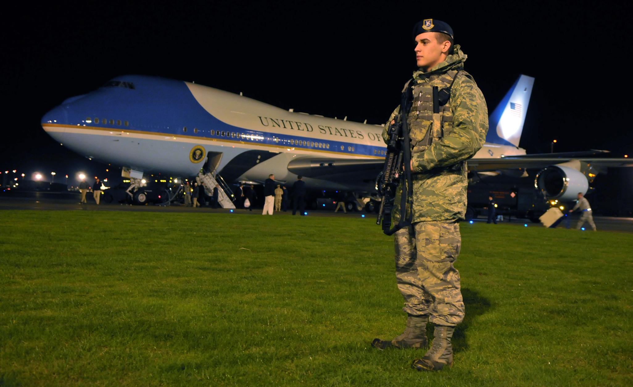 air force 1 guard