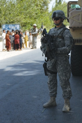 LAGHAM PROVINCE, Afghanistan - Tech. Sgt. Gloria Rapkin Laghman Provincial Reconstruction Team aerospace medical technician, pulls security while on a convoy mission during her recent year-long deployment. Sergeant Rapkin was deployed from the 509th Medical Group at Whiteman Air Force Base, Mo.