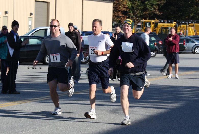 Runners of the first leg of the 2nd Annual Pease Relay Race take off on their 3.5 mile trek to the Great Bay National Wildlife Refuge in Newington Oct. 17. (Photo: Chief Master Sgt. VInce Sherman)