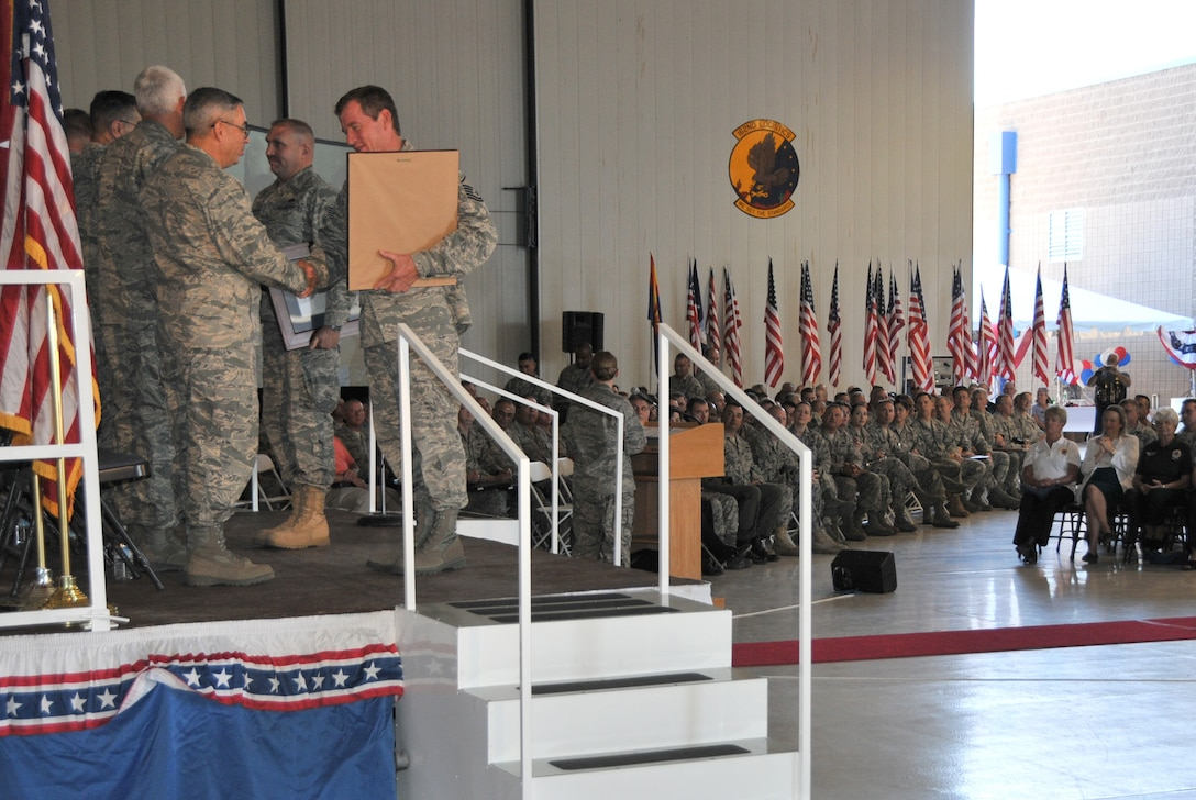 The 162nd Fighter Wing honors members who deployed after Sept. 11, 2001, during a Hometown Heroes Salute ceremony at the Arizona Air National Guard base at Tucson International Airport. (U.S. Air Force photo/Master Sgt. Dave Neve)