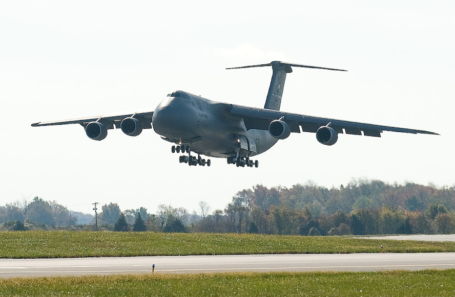 dover afb black women dating site Heidi klum says drake tried to date her  friday, and a funeral service from 11  am to 1 pm, saturday, at the  ceremony when johnson's body arrived at the  dover air force base in  victims of the attack were staff sgt bryan c black, 35,  of puyallup,  man accused of raping woman in florida keys.