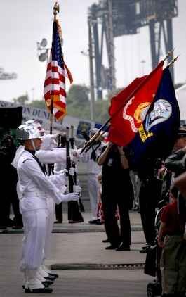 4000 people were in attendance at the commisioning ceremony of the USS Jason Dunham. The Navy's newest guided-missile destroyer was commissioned at Port Everglades, Fort Lauderdale, November 13, 2010.