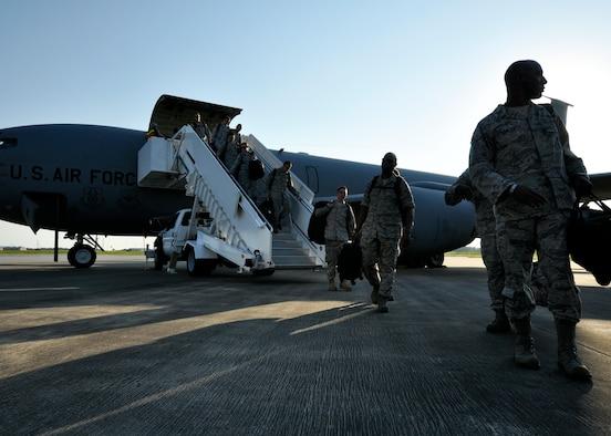 (U.S. Air Force photo/Samuel King Jr.)