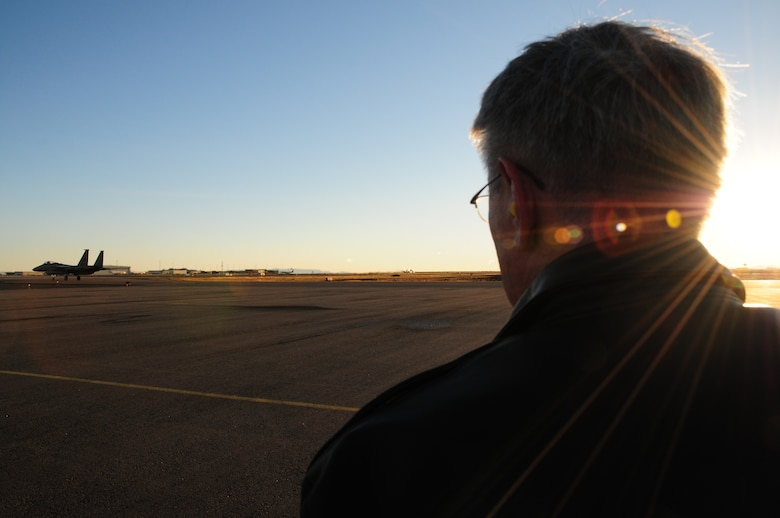 KEFLAVIK, Iceland – Gen. Roger A. Brady, U.S. Air Forces in Europe commander, watches as an F-15C Eagle taxis before takeoff during his visit to the 493rd Expeditionary Fighter Squadron here Sept. 22. The F-15 Eagles are deployed from the 48th Fighter Wing at RAF Lakenheath, United Kingdom, along with a KC-135 Stratotanker from the 100th Air Refueling Wing at RAF Mildenhall, UK, supporting NATO's Icelandic Air Policing mission. (U.S. Air Force photo/Senior Airman Stephen Linch)