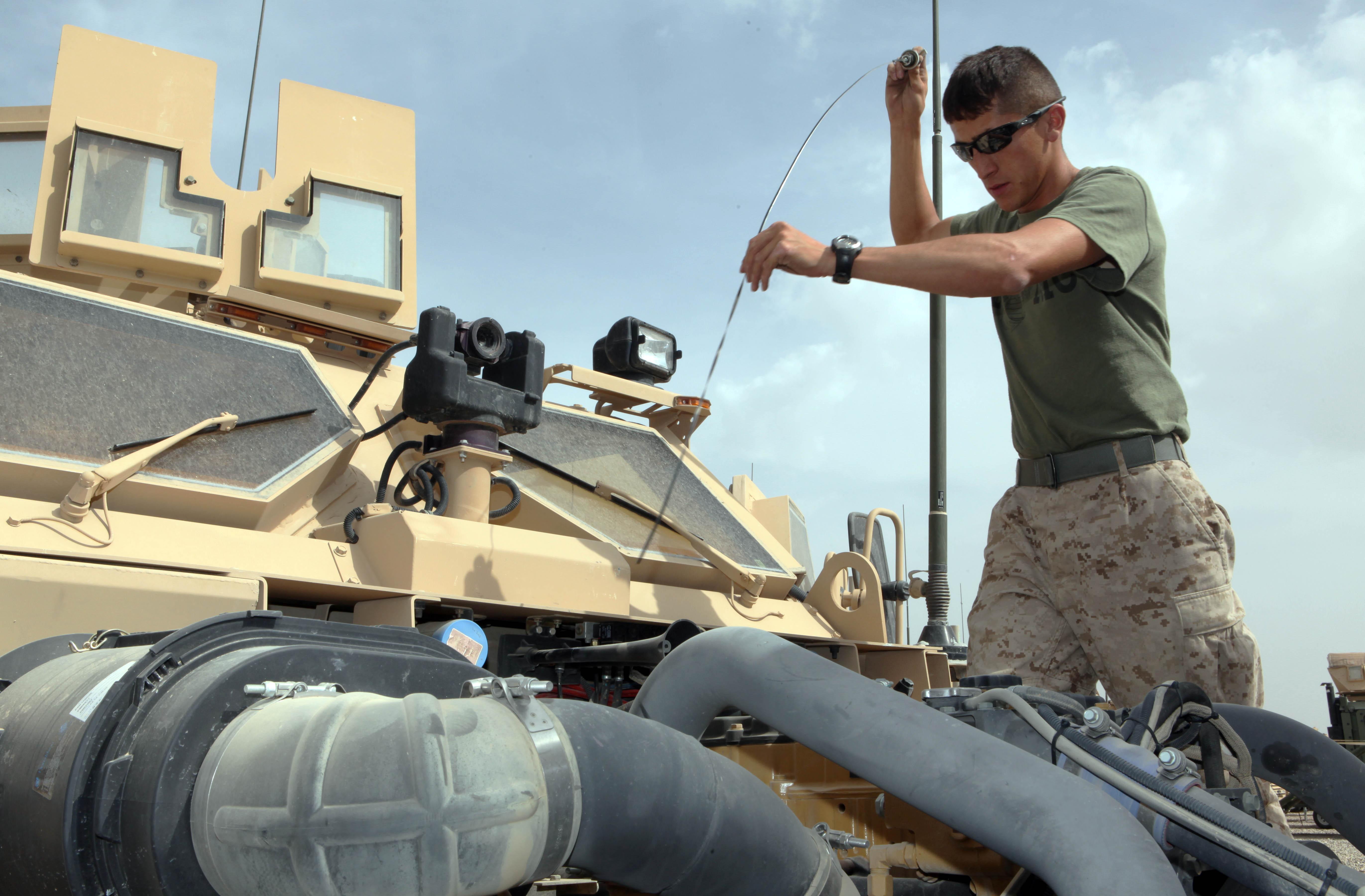 New York Marine Helps Steer Unit Success 2nd Marine