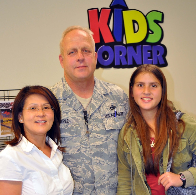 Master Sgt. Michael Maple, an aircraft generation mechanic with the 452nd Maintance Squadron and air conditioning contractor is from Wellsville, Ohio.  His wife, Malee and daughter Morgan participate in the Yellow Ribbon Program.  (U.S. Air Force photo/Linda Welz)