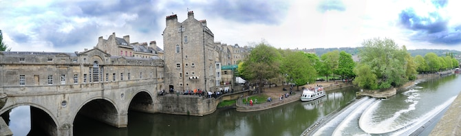 BATH, England – The River Avon flows under the Pulteney Bridge through the City of Bath.  Participants on a RAF Lakenheath Information Tickets and Travel trip went on a walking tour of the City of Bath on April 16, 2011. The RAF Lakenheath ITT offers city breaks and guided walking tours monthly to destinations in the United Kingdom.  This panoramic view was made by merging four photos together. (U.S. Air Force photo illustration/Staff Sgt. Stephen Linch)