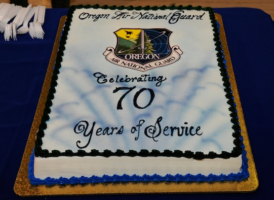 The cake for the 70th Anniversary celebration for the Oregon Air National Guard.