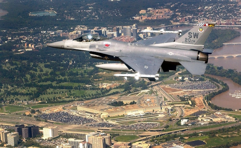 An F–16 Fighting Falcon flies over the Pentagon as part of Operation Noble Eagle.