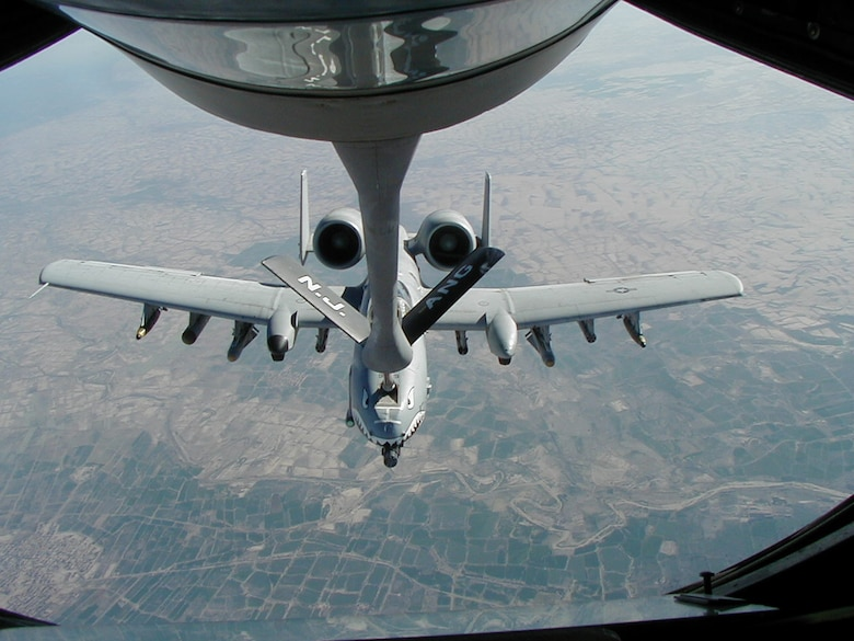 DAVIS-MONTHAN AIR FORCE BASE, Ariz. – Lt. Col. Scott Campbell, 358th Fighter Squadron commander and A-10 instructor pilot, hooks up to a New Jersey Air National Guard refueling tanker during a mission in support of Operation Anaconda in Afghanistan in March, 2002. Colonel Campbell provided much needed close air support in the battle of Takur Ghar. (Courtesy photo)