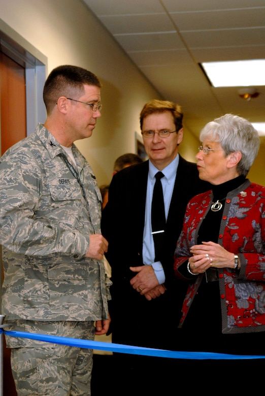 Connecticut Lieutenant Governor Nancy Wyman talks with Col. Peter DePatie, commander of the 103rd Air Operations Group, during a ribbon cutting ceremony for the group's new facility at Bradley Air National Guard Base, East Granby, Conn., Dec. 3, 2011. Seen with them is the project's architect, Jerry Otterson. (U.S. Air Force photo by Tech. Sgt. Tedd Andrews)