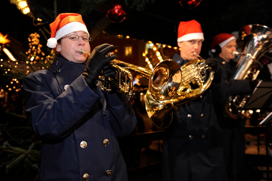 SPANGDAHLEM AIR BASE, Germany -- The U.S. Air Forces in Europe Five Star Brass Band will perform a free concert in the Trier Weihnachtsmarkt from 6 - 7 p.m. Dec. 13. Visitors are welcome to listen to renditions of popular holiday tunes. The concert is an annual celebration with base members and Germans who attend the market. (U.S. Air Force photo/Master Sgt. William Gomez)