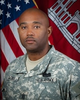 Command Sergeant Major Anthony Duane Agee entered the military on 22 July 1987 in Clanton, AL. He completed basic training at Ft. Dix, NJ and AIT at Ft. Belvoir, VA, where he trained as a 41B (Topographical Instrument Repair Specialist), and later reclassified to a 62F (Crane Operator) and progressed through the ranks of horizontal construction.