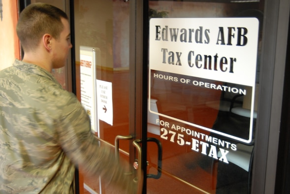 The Edwards Tax Center at the Desert Mall will open Jan. 30 to assist in filing taxes for active duty servicemembers, retirees and reservists on active duty orders. Appointments can be scheduled beginning Jan. 24, while walk-ins are welcome on Fridays from 9 a.m. to 1 p.m. only for those filing Form 1040EZ. (Air Force photo by Kate Blais)