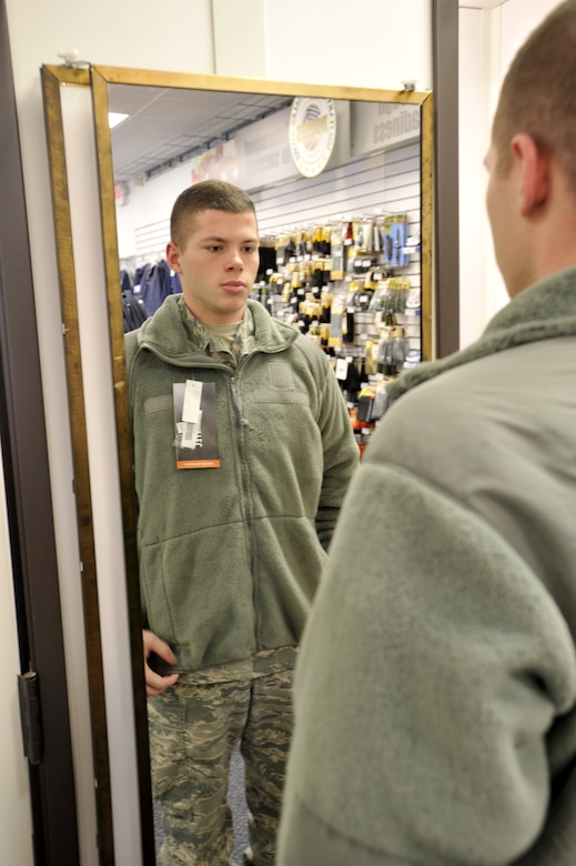 Shop for Men's Military Clothing at circulatordk.cf Eligible for free shipping and free returns.