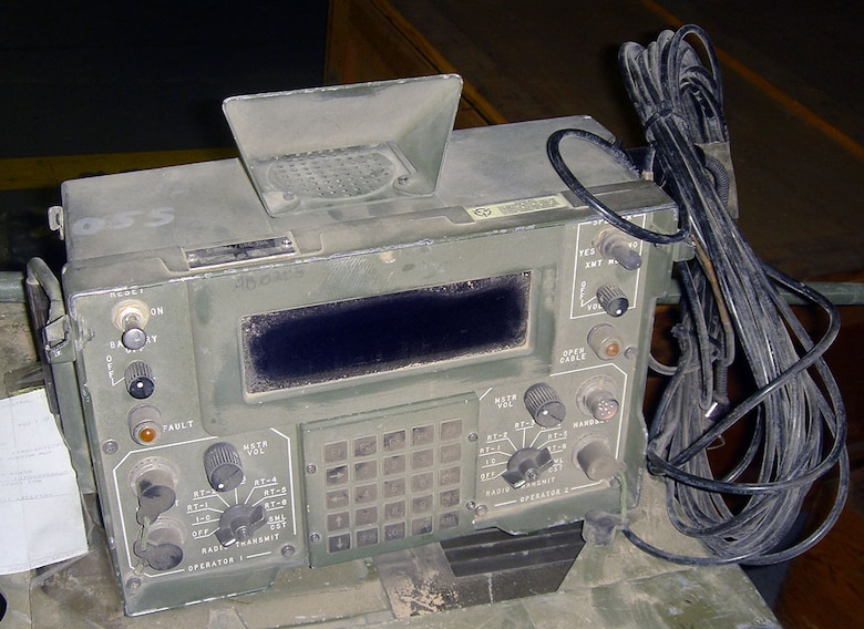 This radio set is a modified version of the AN/GRC-206(V)3, which is a multiband radio set that includes equipment for HF/SSB, VHF/FM, VHF/AM and UHF/AM. It can be remotely-controlled from up to two miles away via fiber optic cable and includes a microcomputer to assist the operator in conflict resolution. It was designed to be installed on M-151 Jeeps, M-113 Armored Personnel Carriers and High Mobility Multipurpose Wheeled Vehicles (HMMWV). (U.S. Air Force photo)