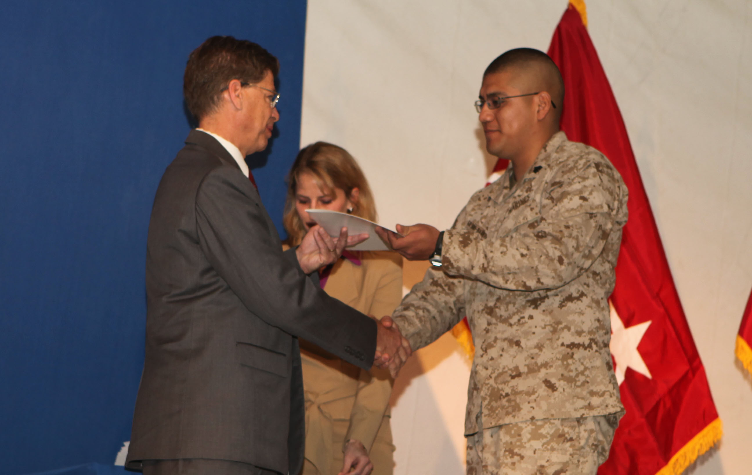 marines take oath of u s citizenship in > rd marine hi res photo