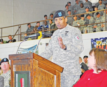 Maj. Gen. Vincent Brooks, 1st Inf. Div. and Fort Riley commanding general, welcomes home the Soldiers of the DHHB, 1st Inf. Div. during an uncasing ceremony Jan. 20 at King Field House. The ceremony signified the return of the unit's nearly 900 Soldiers following a yearlong deployment to Iraq.       Photo by Stephanie Hoff, 1ST INF. DIV.