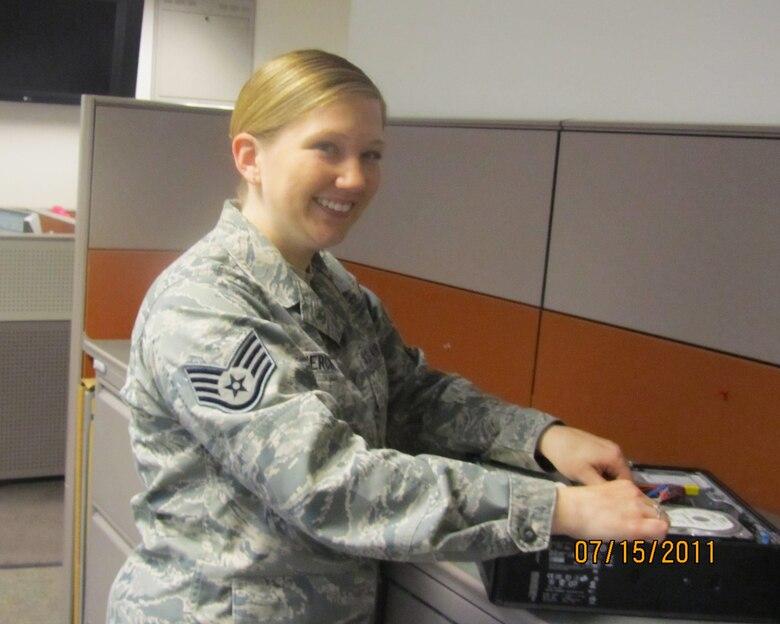 Staff Sgt Jessica Swiercinsky