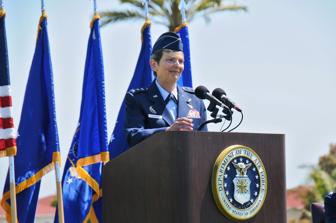 Lieutenant Gen. Ellen Pawlikowski, SMC's new commander, speaks at the change of command ceremony at Fort MacArthur, June 3. Only the fifth woman to achieve the rank of lieutenant general in the Air Force, General Pawlikowski is SMC's first woman commander. (Photo by Joe Juarez)