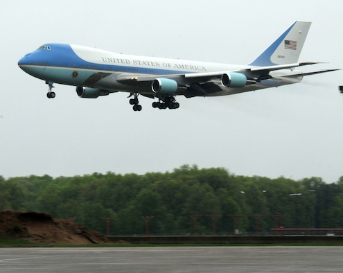Air Force One makes its approach into Bradley International Airport before taxiing over to the ramp at Bradley Air National Guard Base in East Granby Conn. May 18, 2011. President Obama stopped at the base and greeted Air National Guardsmen before heading to New London to give the keynote address at the U.S. Coast Guard Academy's graduation ceremony. (U.S. Air Force photo by Airman 1st Class Emmanuel Santiago)