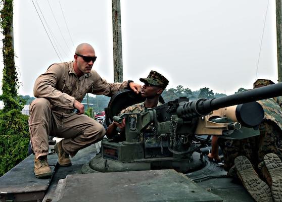 jrotc cadets visit camp lejeune  u0026gt  2nd marine division