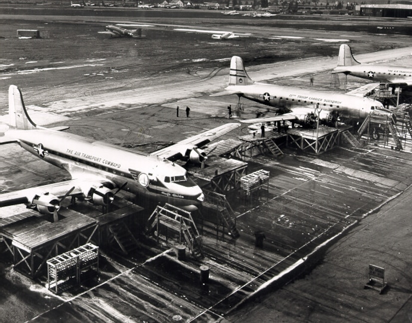 Around the clock maintenance of planes during the Berlin Airlift