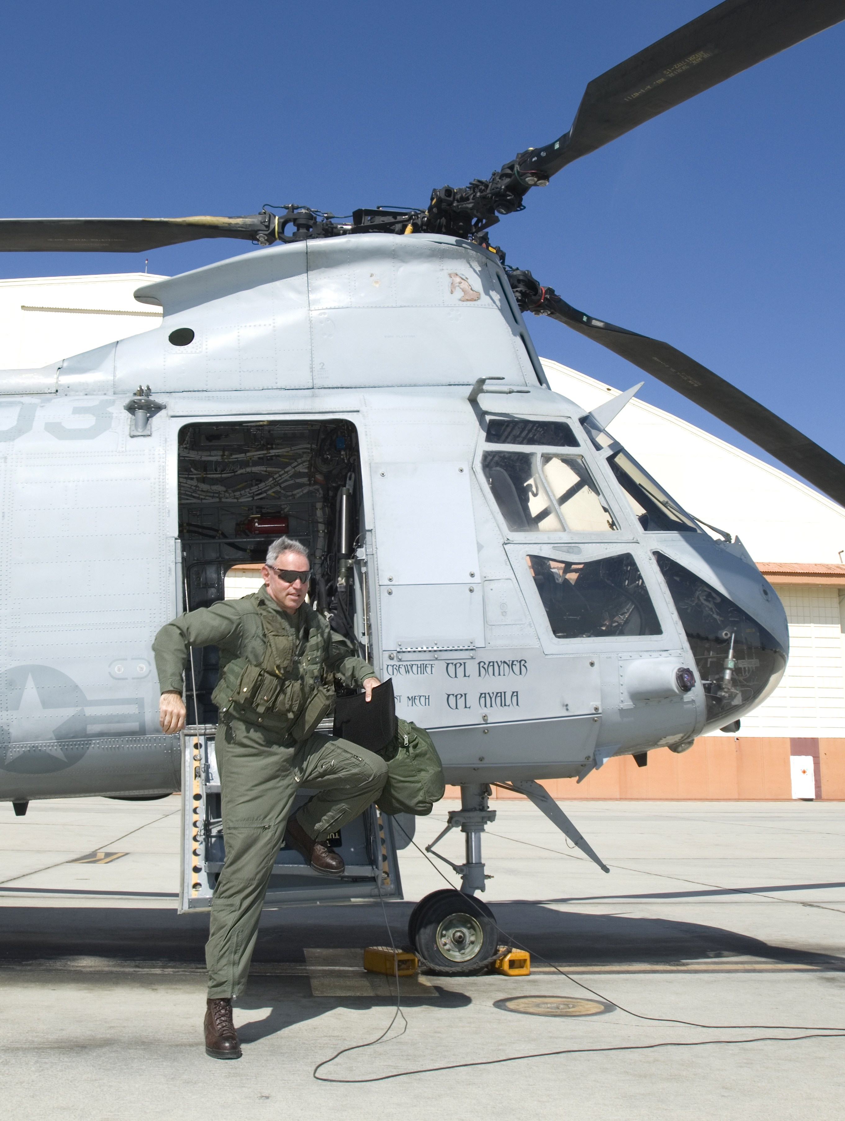 HMM-764 commander rides into sunset > Edwards Air Force ...