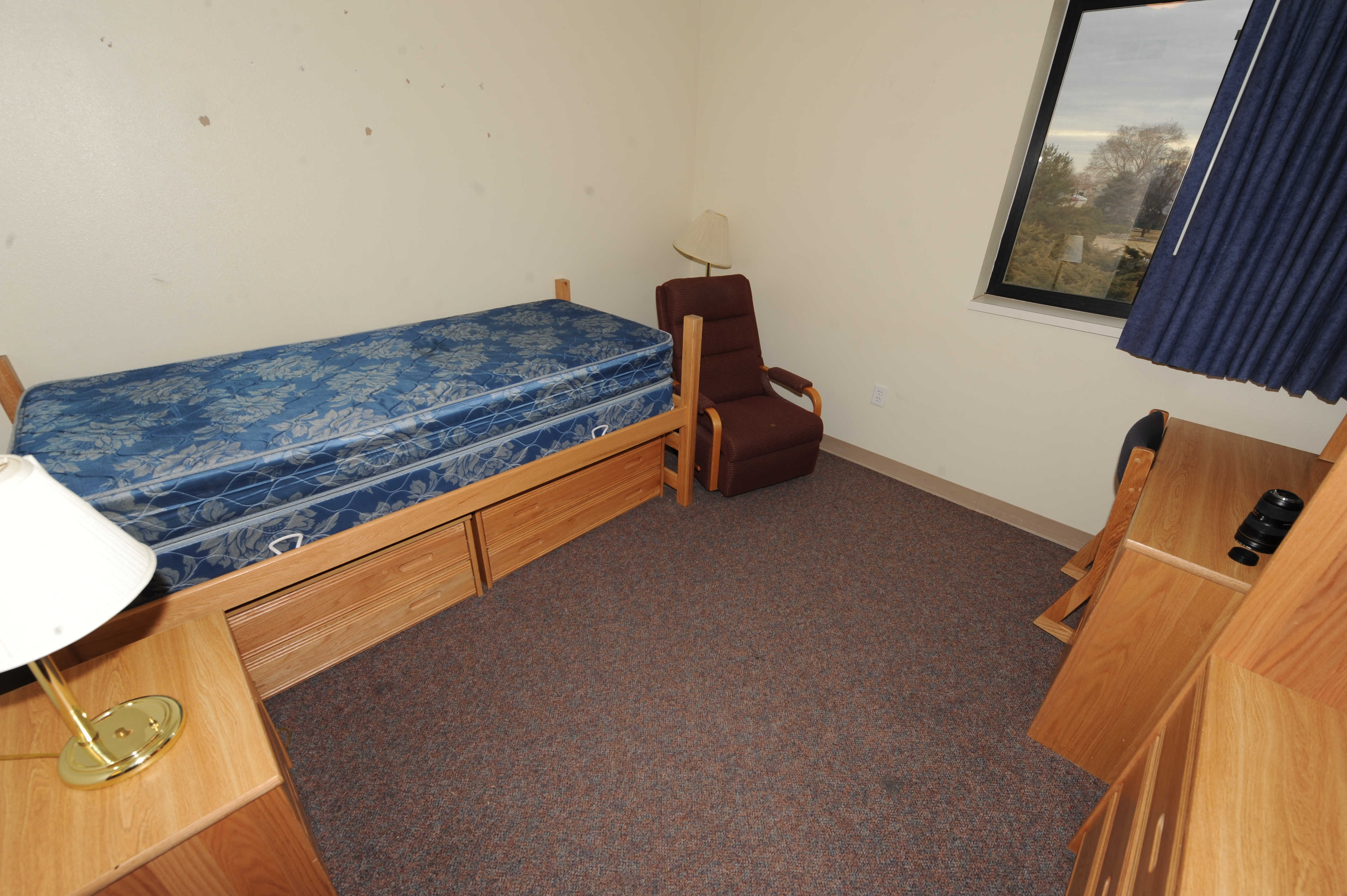 Peterson afb dorms