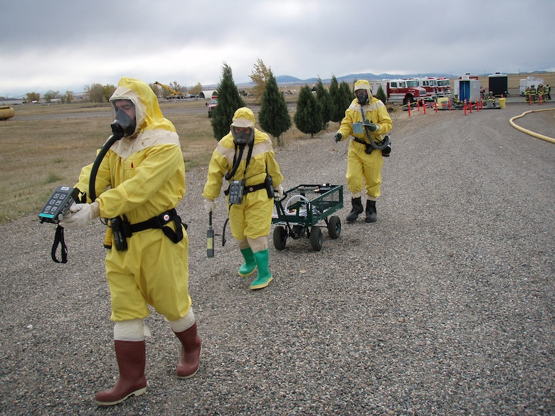 Senior Airman Rich Frank leads a bioenvironmental team during an exercise here in 2008. (U.S. Air Force photo)