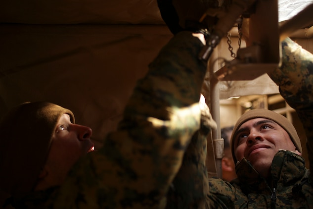 Marines From Task Force Fuji And Marine Wing Support Squadron 171, Combat  Logistics Regiment 35