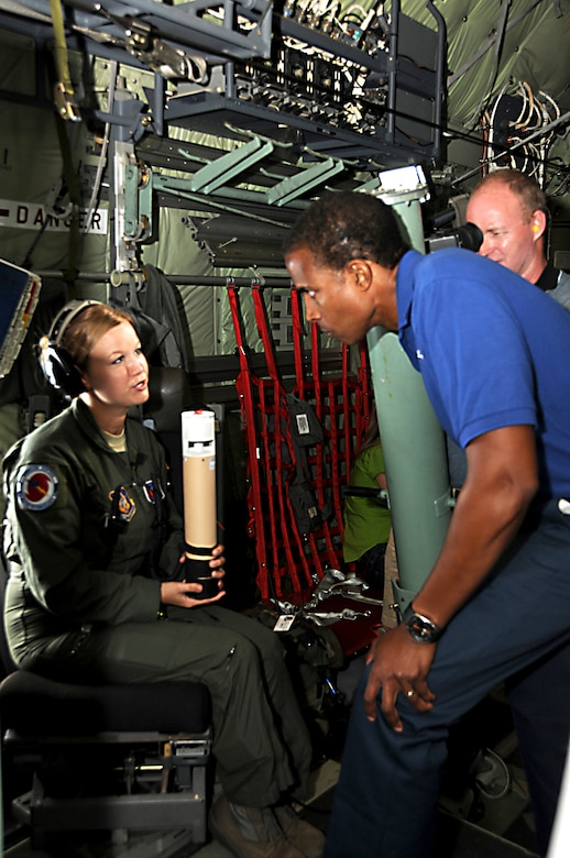 Media fly with Hurricane Hunters > 403rd Wing > Article Display