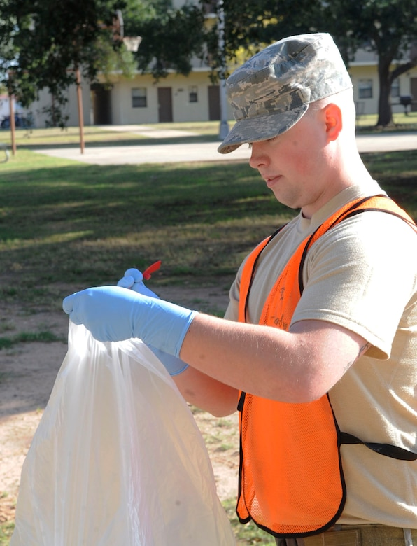 A day in the life of bay-orderly Airmen > Barksdale Air Force Base ...