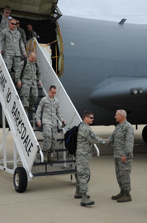 BARKSDALE AIR FORCE BASE, La. – Lt. Gen. Jim Kowalski, Air Force Global Strike Command commander, greets Global Strike Challenge competitors of the 28th Bomb Wing from Ellsworth AFB, S. D., as they arrive Nov. 6 for the competition's symposium and score posting events. Global Strike Challenge is designed to sharpen the skills and readiness of Airmen in bomber and missile operations.  (U.S. Air Force photo by Master Sgt. Corey A. Clements)
