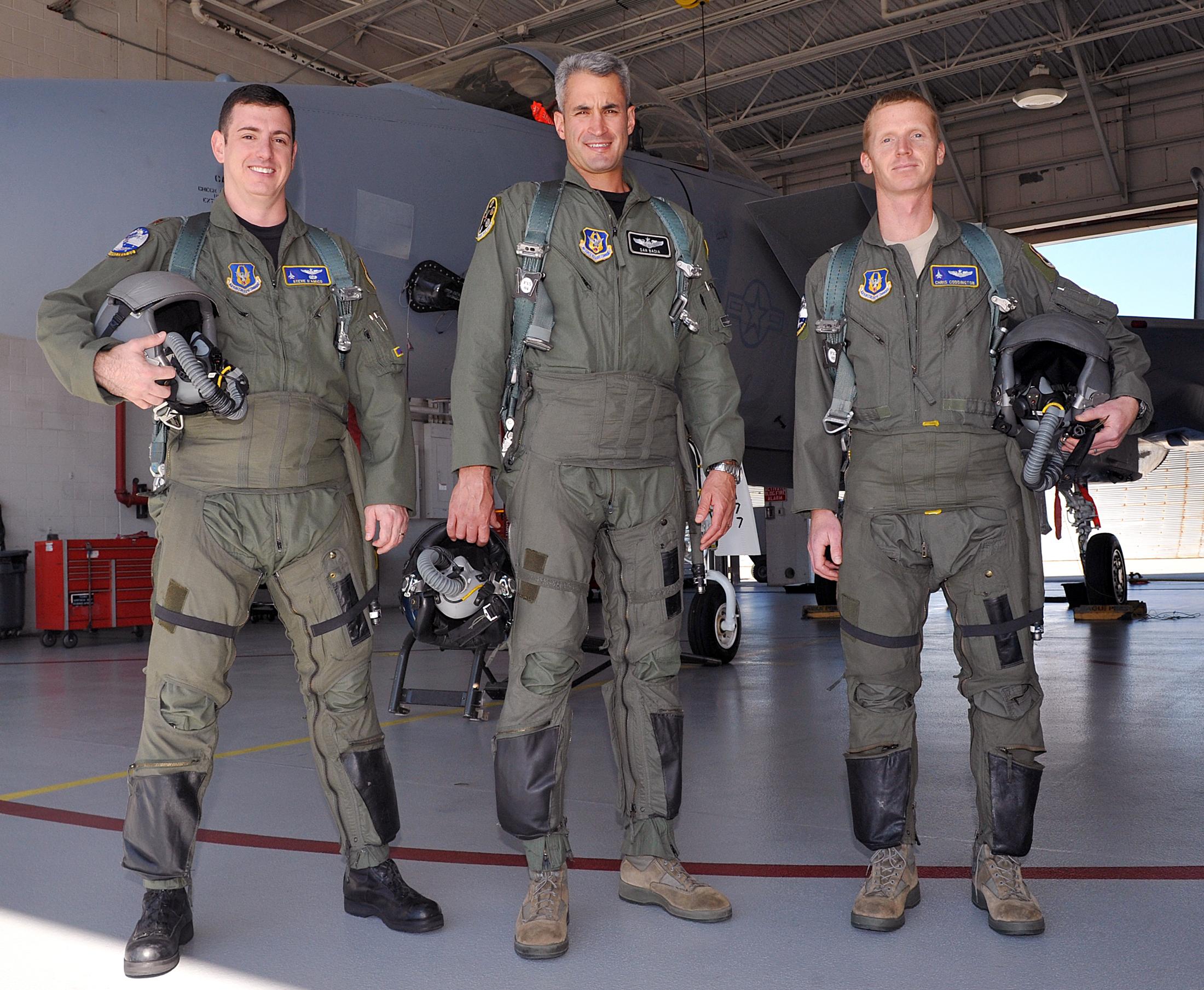 uniform dating pilots