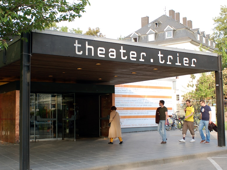 """Trier's theater of Stadttheater, located in the heart of the city, offers entertainment including operas, operettas, musicals, theater plays, dances and concerts. The cashier is open one hour prior to performance time, but tickets can be reserved in advance. An upcoming performance is """"The King and I,"""" by Richard Rodgers and Oscar Hammerstein, Nov. 1 at 7:30 p.m. Trier's city theater is located at Am Augustinerhof, 54290 Trier. To reserve tickets, call 0651-7181818 or email theaterkasse@trier.de.  Information on the Theater and program is available in the German language on the theater's website at www.theater-trier.de.  (U.S. Air Force photo/ Iris Reiff)"""