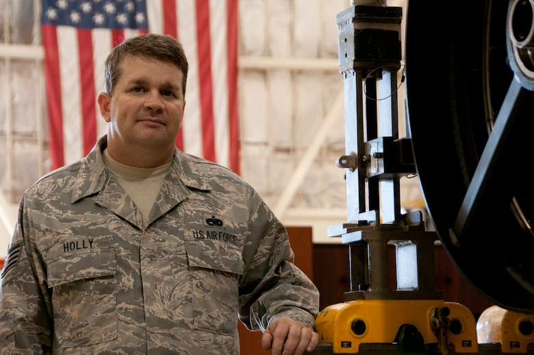 Staff Sgt. Mike Holly, 162nd Fighter Wing, Tucson, Ariz. (U.S Air Force photo/Master Sgt. David Neve)