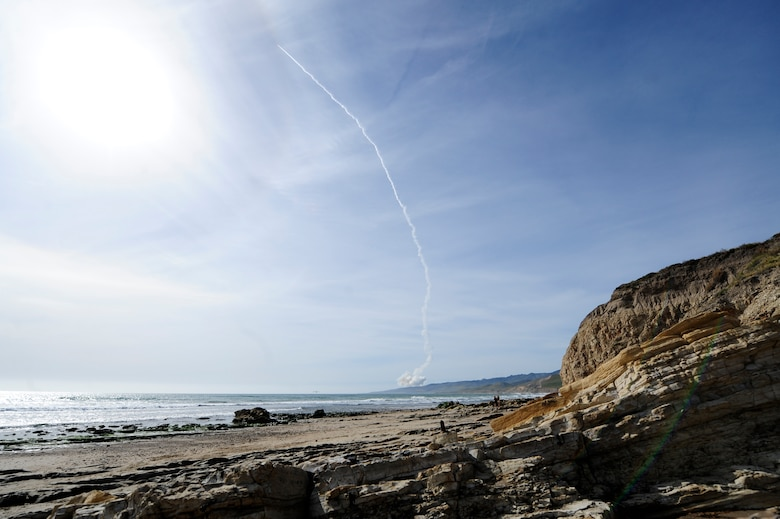 VANDENBERG AIR FORCE BASE, Calif.-- Team Vandenberg launched a United Launch Alliance Delta IV Medium+ (5,2) from Space Launch Complex-6 here at 4:12 p.m. PDT Tuesday, April 3, 2012. The launch was the Department of Defense's first-ever Delta IV Medium launch vehicle configured with a 5-meter payload fairing and two solid rocket motors. (U.S. Air Force photo/Staff Sgt. Andrew Satran)