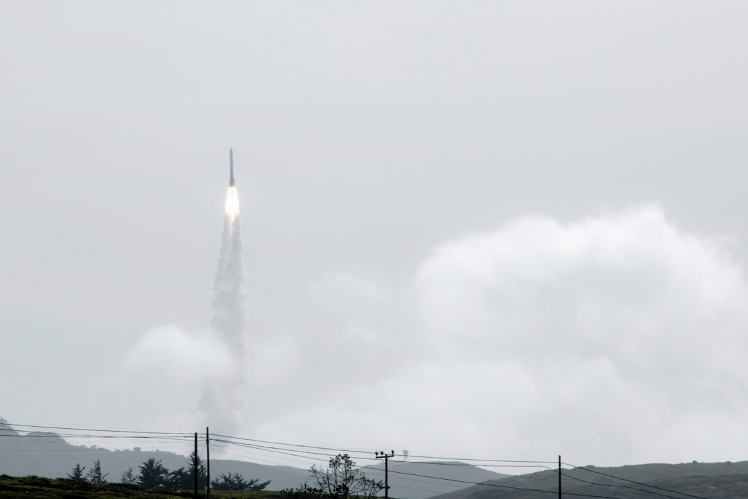 VANDENBERG AIR FORCE BASE, Calif.-- Team Vandenberg launched a United Launch Alliance Delta IV Medium+ (5,2) from Space Launch Complex-6 here at 4:12 p.m. PDT Tuesday, April 3, 2012. The launch was the Department of Defense?s first-ever Delta IV Medium launch vehicle configured with a 5-meter payload fairing and two solid rocket motors. (U.S. Air Force photo/Staff Sgt. Levi Riendeau)