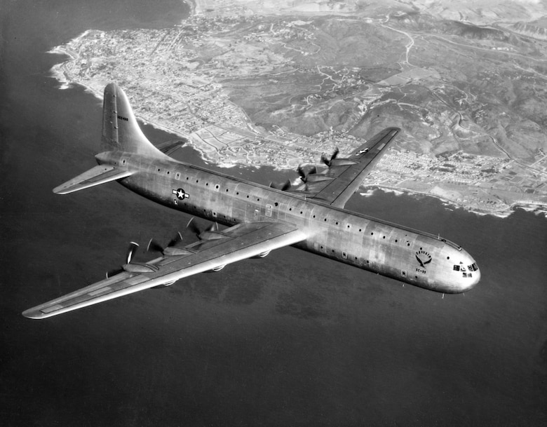 XC-99 in flight. (U.S. Air Force photo).