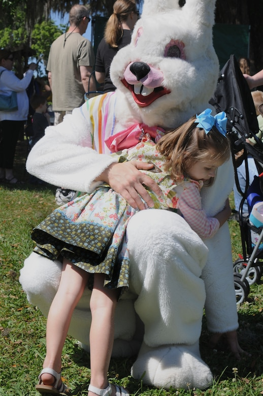 CHARLESTON, S.C. (April 7, 2012) Two-year-old Ellison Wolf gives the Easter Bunny a hug at the Easter Egg Hunt and Month of the Military Child Festival at Marrington Plantation at Joint Base Charleston – Weapons Station April 7. Hundreds of Air Force and Navy service members and their families, along with Department of Defense employees, retirees and Reserve members joined in the festivities which featured food to choose from, games, a bouncy castle, face painting and raffle prizes. (U.S. Navy photo/Petty Officer 1st Class Jennifer Hudson)