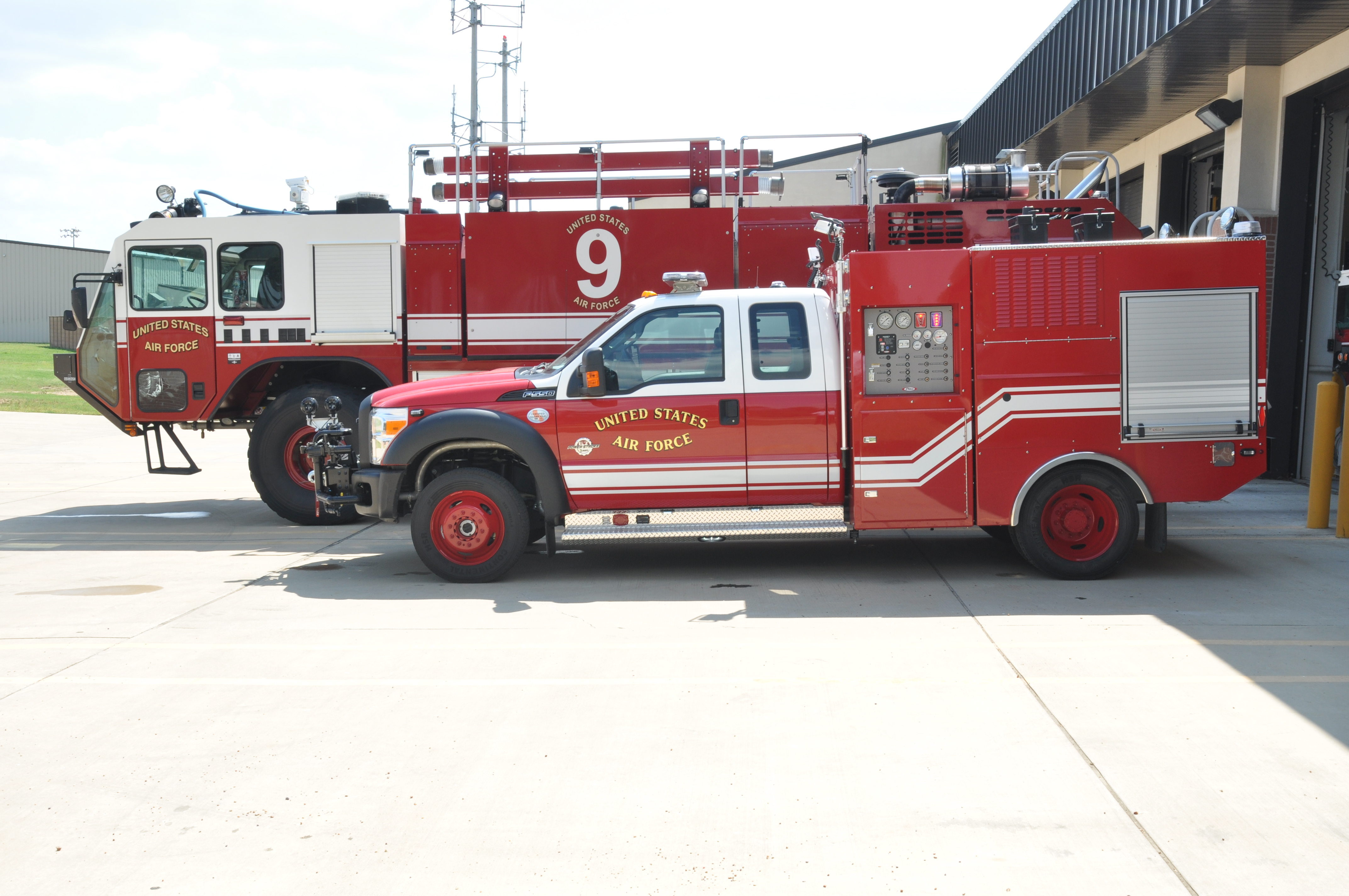 Air Force Fire Truck Sale | Model Aviation