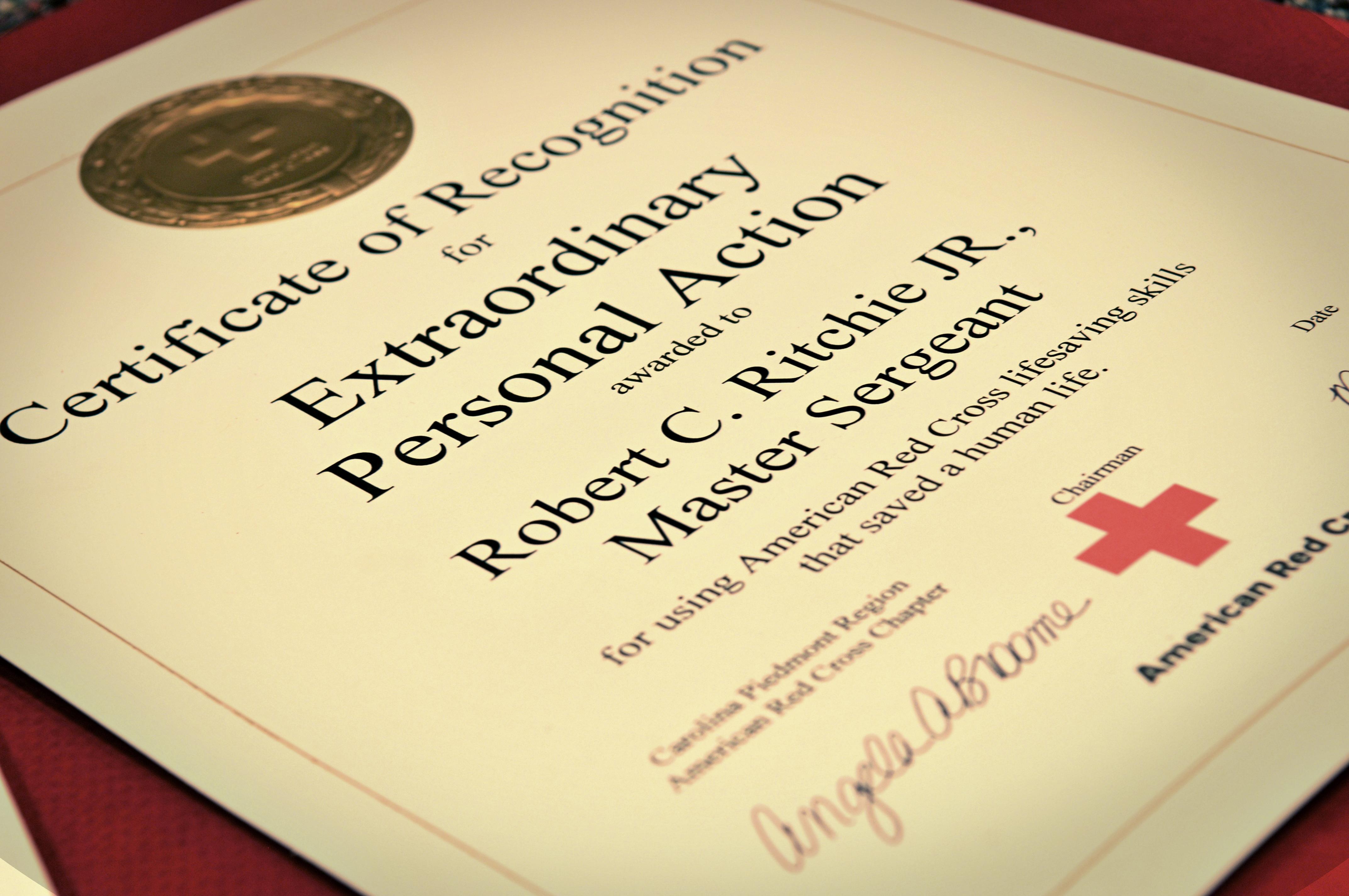 North Carolina Air Guardsman Receives Red Cross Award