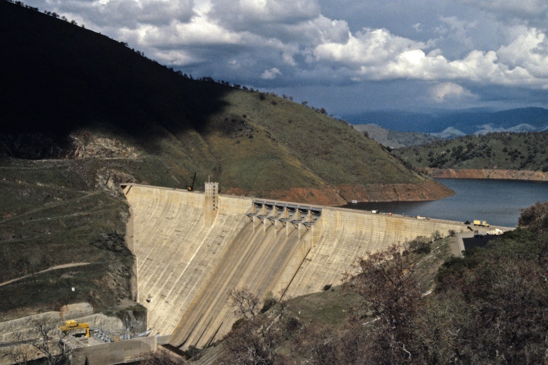 A view of the dam at Pine Flat.