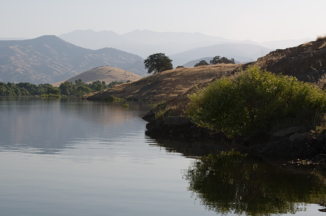 A lazy look along the banks of Lake Success in Central California.