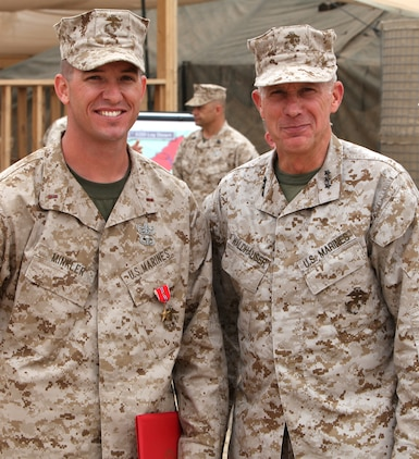 Explosive ordnance disposal marine awarded bronze star with 39 v 39 1st marine logistics group - Becoming a marine officer ...