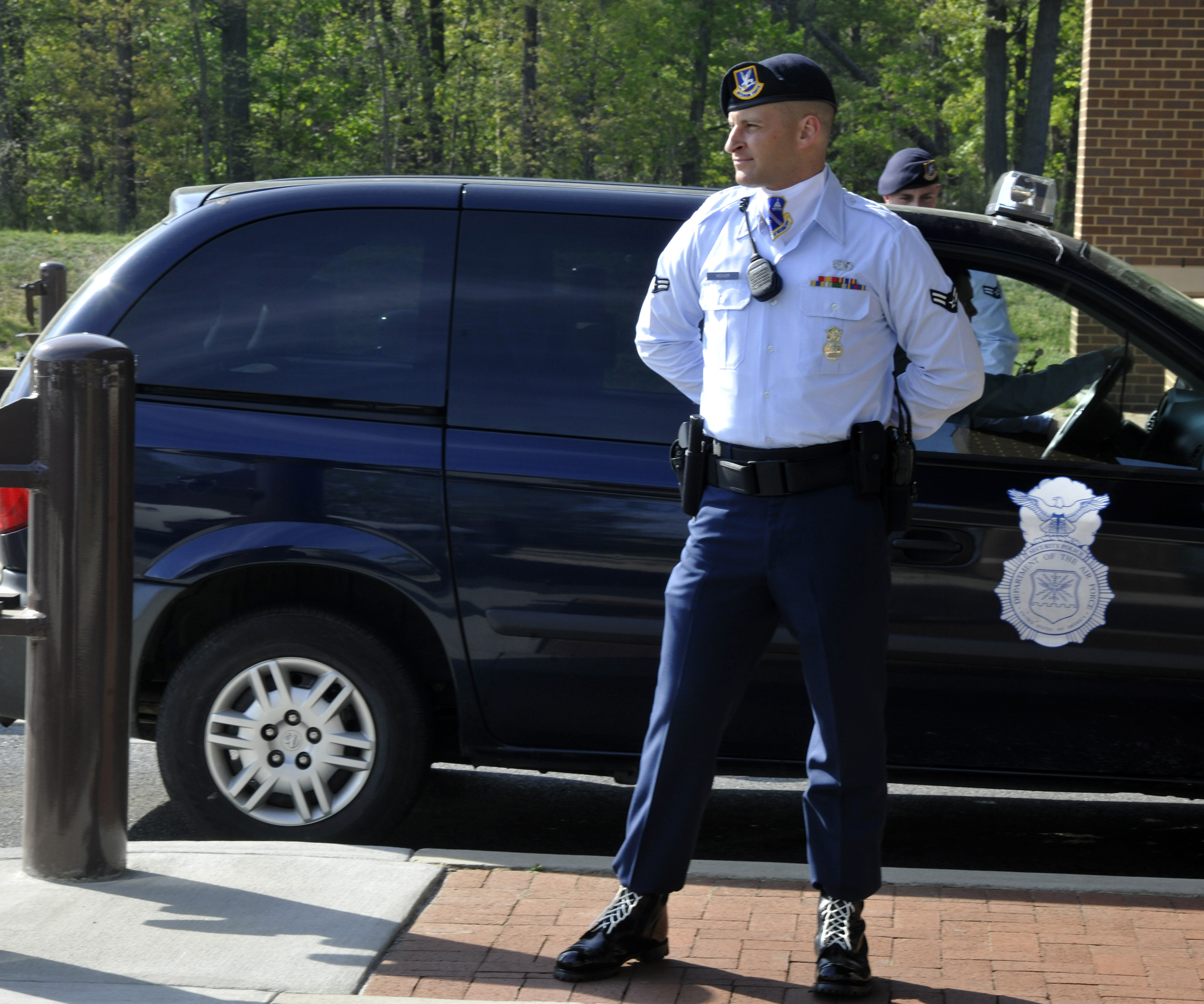 Andrews Elite Gate Guards make lasting impressions > Air