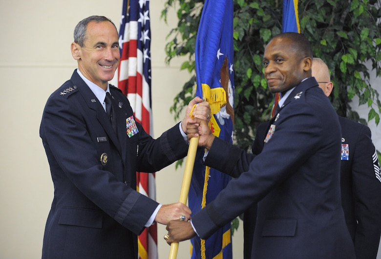 SCOTT AIR FORCE BASE, Ill. - Gen. Raymond Johns,  Air Mobility Command